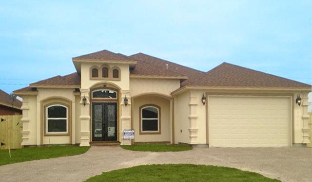 Exterior Custom New Home Construction