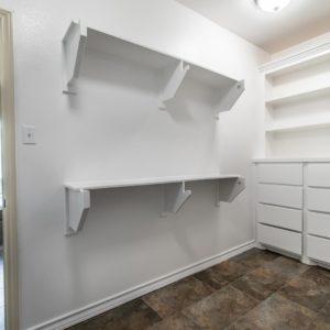 6010 timbergate closet